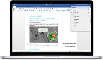Um portátil a apresentar um documento do Word com comentários e o menu Opções de Partilha.