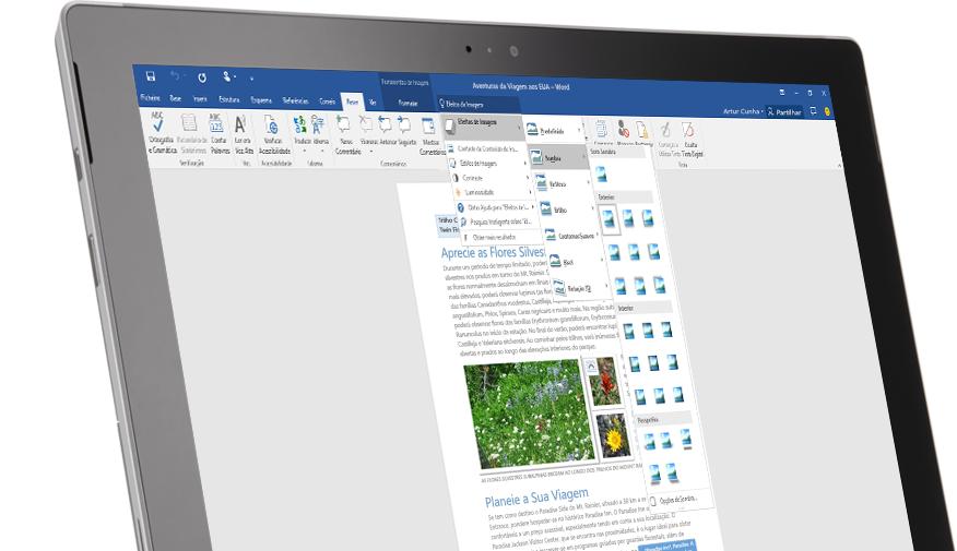 Um tablet Surface a mostrar a funcionalidade Diga-me num documento do Word