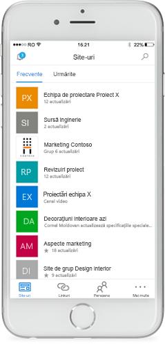 Un telefon care afișează aplicația mobilă SharePoint pe ecran