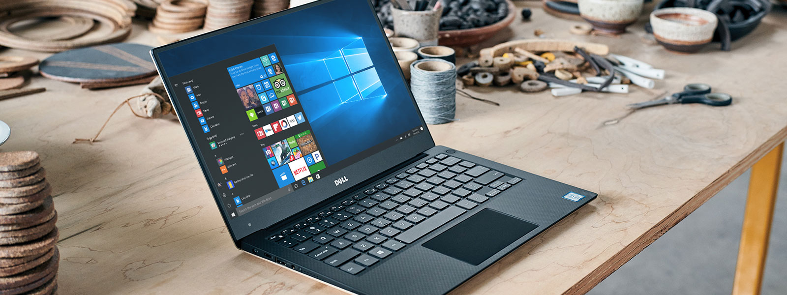 Ноутбук с Windows 10 в магазине