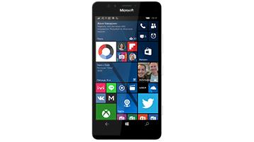 Телефон с Windows, показывающий начальный экран