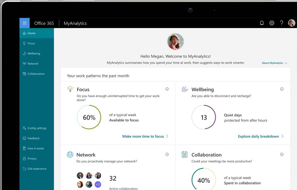 Detailná fotografia obrazovky notebooku zobrazujúcej domovskú stránku služby MyAnalytics