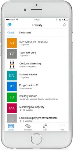 Telefón s mobilnou aplikáciou SharePointu na obrazovke