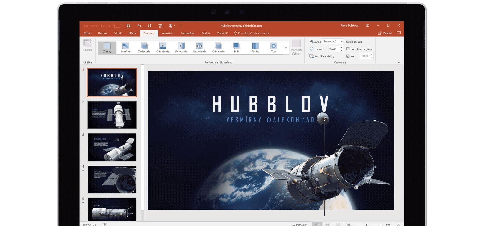 Obrazovka tabletu zobrazujúca používanie prechodu Morfing v powerpointovej prezentácii o vesmírnych teleskopoch