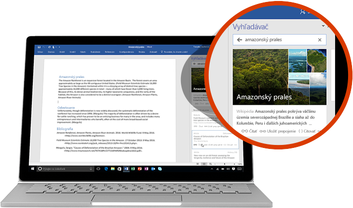 Prenosný počítač zobrazujúci dokument Wordu s článkom o amazonskom pralese s detailným záberom na funkciu Vyhľadávač