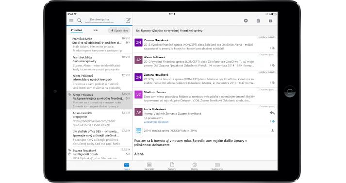 Tablet zobrazujúci priečinok doručenej pošty v Office 365 bez reklám.