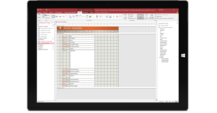 Tablični računalnik, ki prikazuje Accessovo zbirko podatkov