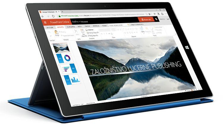 Zaslon tabličnega računalnika, ki prikazuje predstavitev v programu PowerPoint Online.