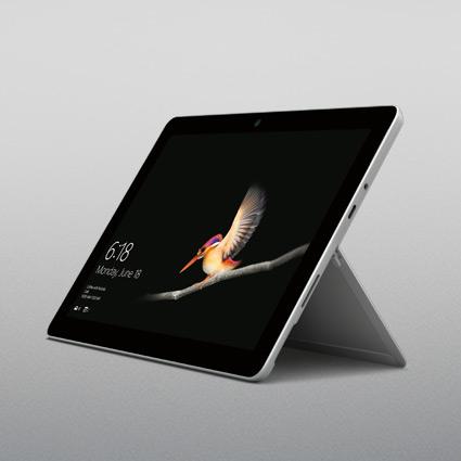 Surface Go i surfplatteläge som står upprätt med stödet utfällt