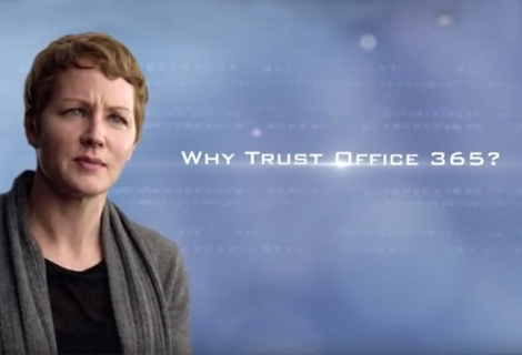 """I denna video svara Julia White på frågan """"Varför lita på Office 365?"""""""