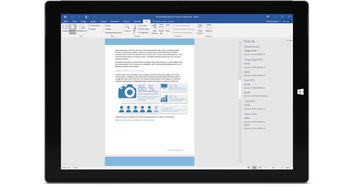 En surfplatta som visar versionshistoriken för ett dokument i Office 365.