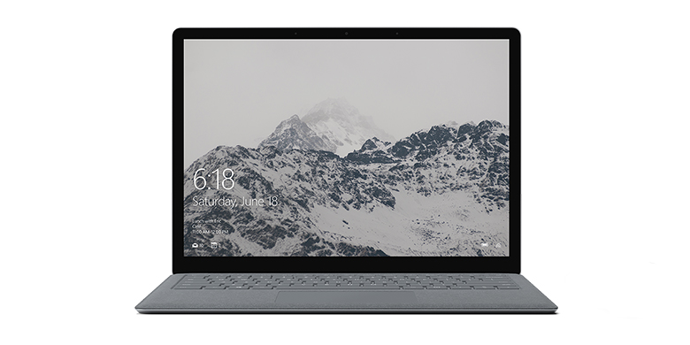 Vy framifrån av Surface Laptop i platinum