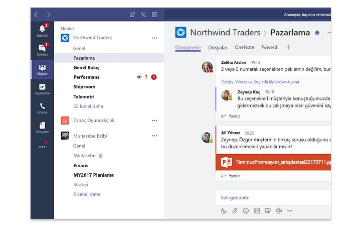 Microsoft Teams'i gösteren bir tablet ekranı