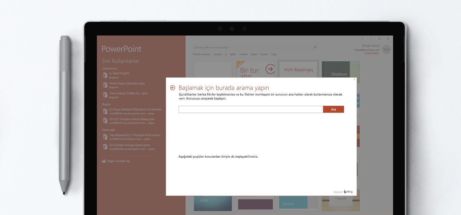 Hızlı Başlangıç özelliğini kullanan bir PowerPoint belgesini gösteren tablet ekranı