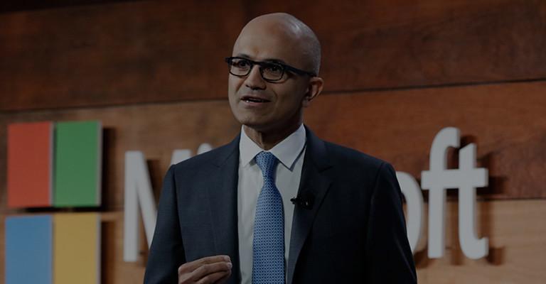 观看 Satya Nadella 的有关 Microsoft 安全性的网络安全主题演讲。