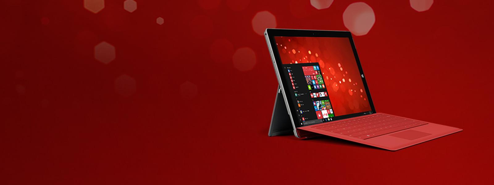 """呈现 Windows""""开始""""屏幕的笔记本电脑"""