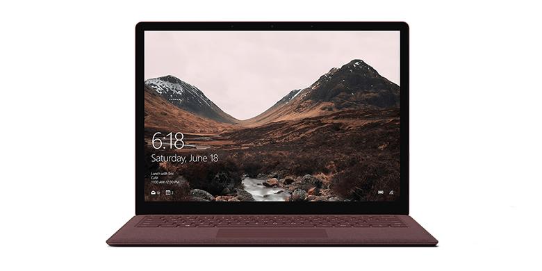 深紫红 Surface Laptop 电脑的正视图