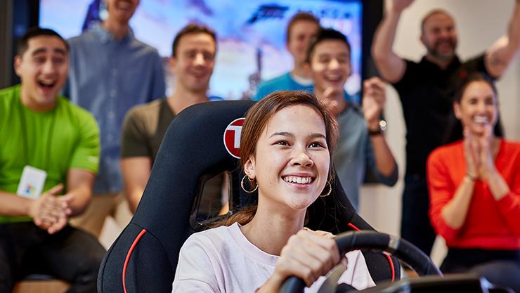 Live gaming tournament