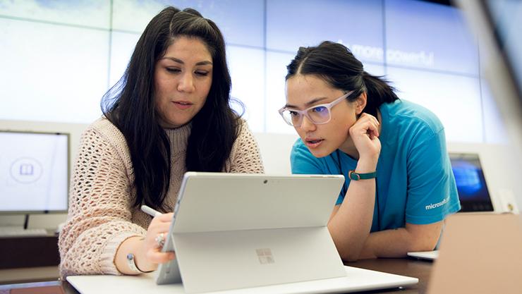 Microsoft techie at Answer Desk